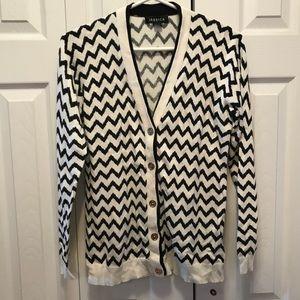 Jessica Black & White Chevron Print Knit Cardigan